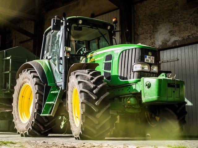 Rocky Mountain Forks Golden farm tractor rental
